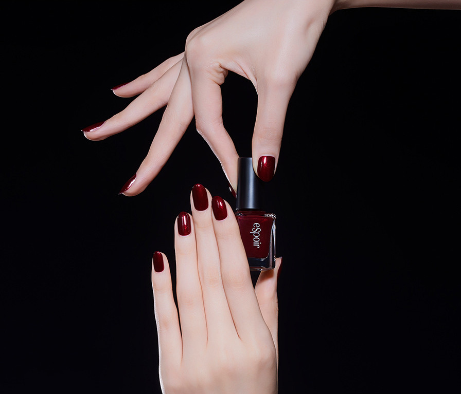 eSpoir Moody Bloody Fashion Nail Chained Up