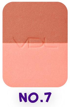 VDL 2018 Pantone Color Ulra Violet Expert Color Check Book Mini no.7