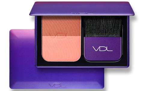 VDL 2018 Pantone Color Ulra Violet Expert Color Check Book Mini
